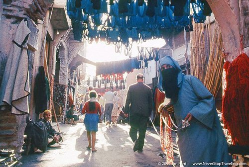 Foto Friday - a woman in the dye market, Marrakech, Morocco
