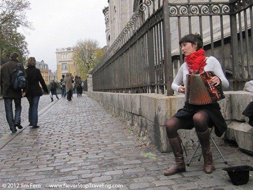 Street musician, Montmartre, Paris, France