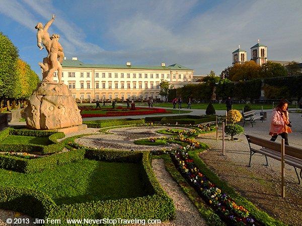 Austria - Salzburg - afternoon in park-DSC05492--B