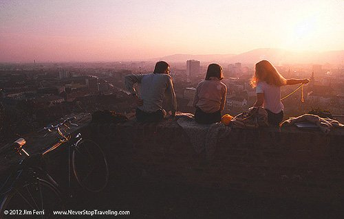 Foto Friday - three people at sunset in Graz, Austria