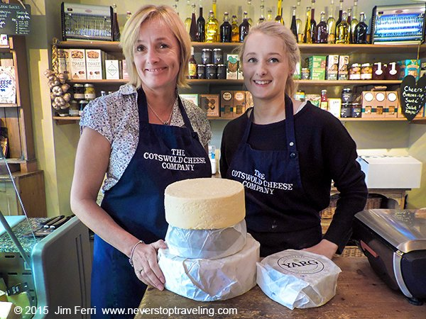 -England - Cotswold Cheese Co - Moreton-in-Marsh--DSCN8921--B