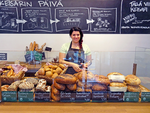 Foto Friday - a woman in a-bakery in Helsinki, Finland