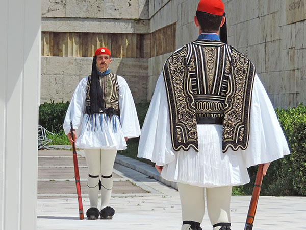 Foto Friday - traditionally dressed guards standing at attention
