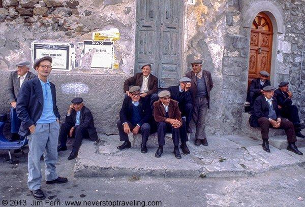 Foto Friday - Italy - Sardinian street corner--600FF-C