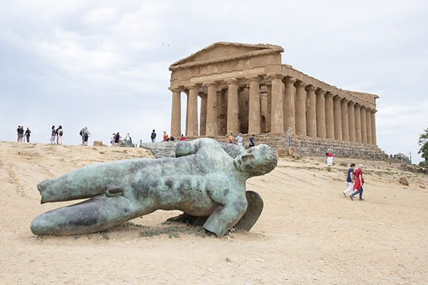 Foto Friday - an ancient Greek temple in Sicily