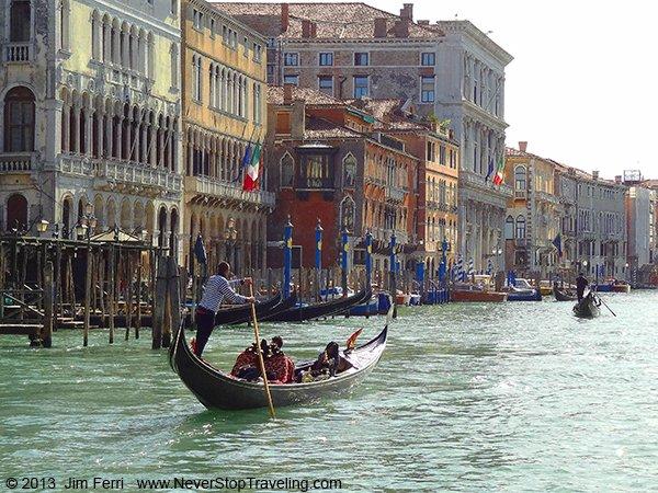 Foto Friday - Italy-Venice-gondola Grand canal-DSC05607-600