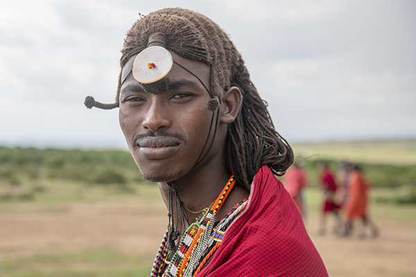 Foto Friday - a Maasai-warrior-with a small disc on his forhead