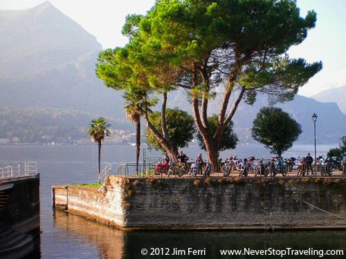 Foto Friday - people by a lake, Bellagio, Lago di Como, Italy