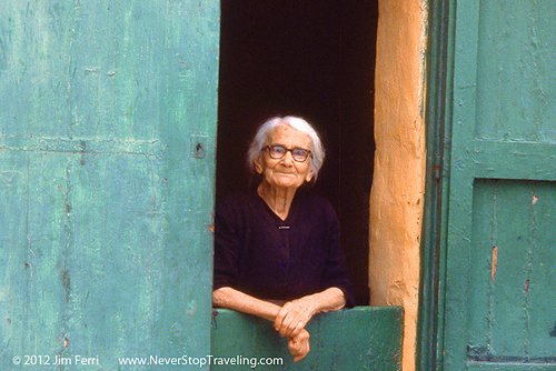 Foto Friday - a woman at her door in Valetta, Malta