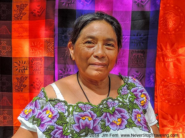 Foto Friday - Mexico - Yucatan woman-DSCN5639---FF