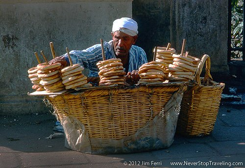 Foto Friday - a street vendor in Cairo, Egypt