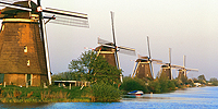 Kinderdijk, Holland / photo: Jim Ferri