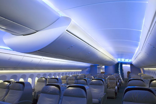 Boeing s newest queen the 747 8 intercontinental for Boeing 747 8 interieur