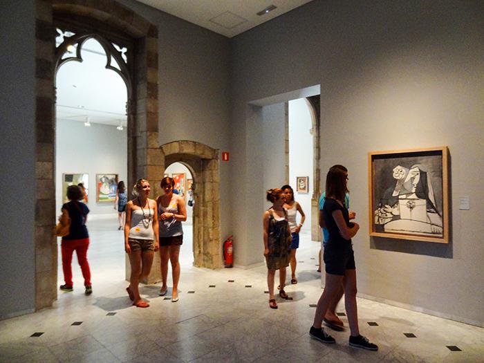 people in a museum in Bracelona