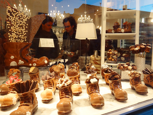 In Search Of The Best Chocolate In Bruges Belgium