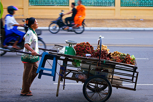 Phnom Penh street cart- / photo: andomix