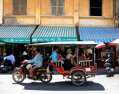 Phnom Penh tuk tuk-Stephen-McGrath
