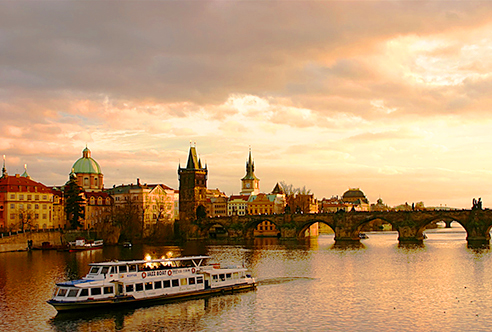 --331444326_68e19e565e_b-Prague-jakeliefer-A