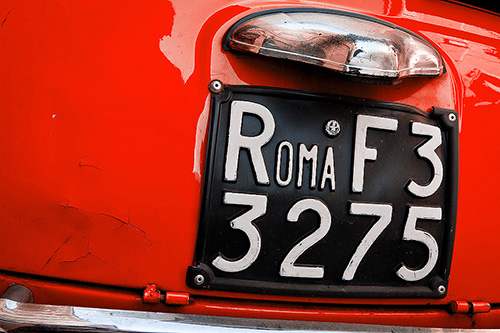 a license plate from Rome