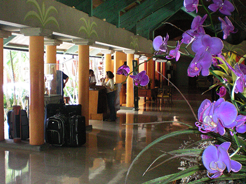 Hotel lobby, Dominican Republic / photo: Jim Ferri