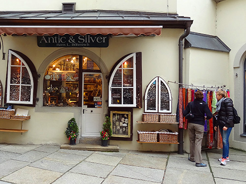 An antique and silver shop on Rindermarkt in Passau