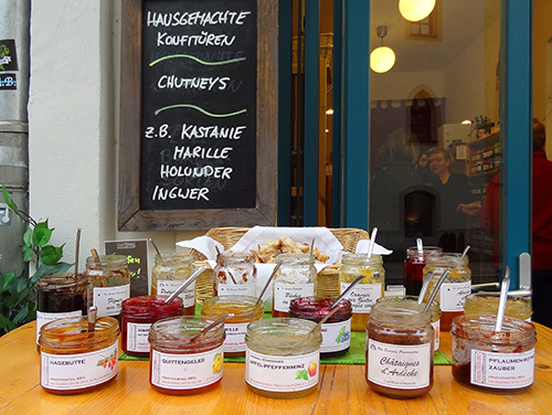 A sampling table at a chutney shop on Rindermarkt in Passau