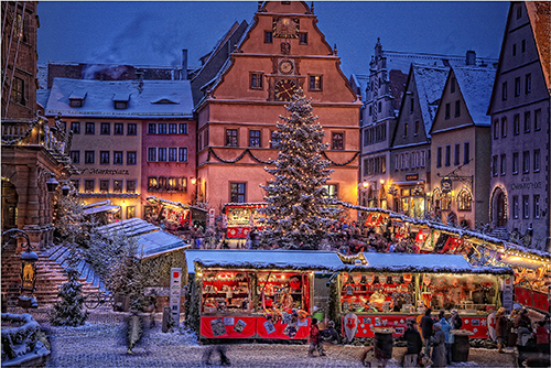Rothenburg, Germany Christmas market / photo: Rothenburg Tourismus Service / Pfitzinger