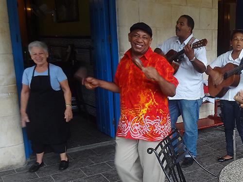 DSC03890-Cuba singer