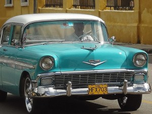 Driving in Havana, American-style in Cuba