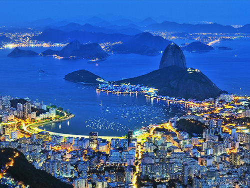 Rio de Janiero in the evening / photo: Justin Vidamo/Flickr