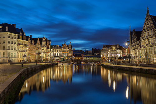 View of the Graslei from Sint-Michielshelling in Ghent / photo: Jiuguang Wang Flickr