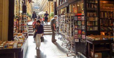 Where to Find 8 Wonderful Walks in Paris