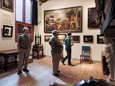 people visiting Rembrandt's House, a things to do during 48 hours in Amsterdam
