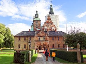 Copenhagen--DSC09748---xxx--300