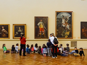 children in an art museum