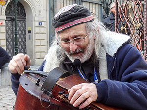 a stree musician