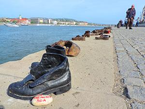 sculpture of a shoe