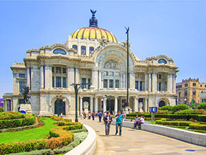 an ornate building in Mexico City