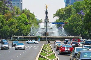 a boulevard in Mexico City