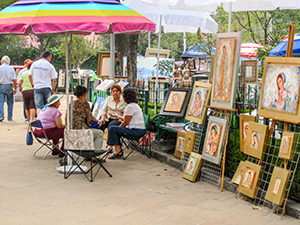 outdoor art market in Mexico City
