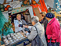 women buying food in Europe