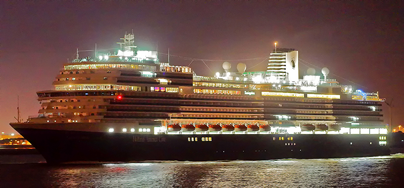 Koningsdam in the evening light