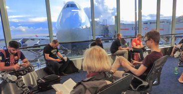 18 Tricks That Save a Bundle on Airfare