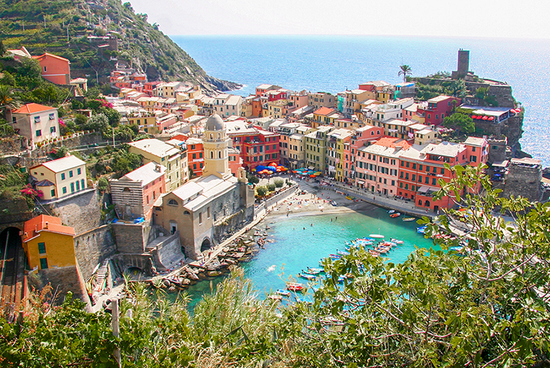 colorful building by a harbor in Cinque Terre Italy