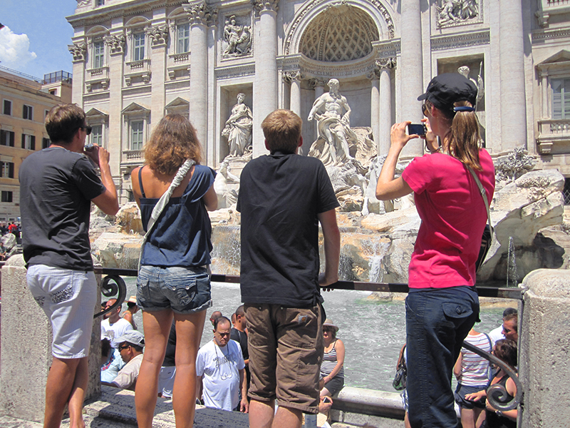 the Fountain of Trevi in Rome top 10 in Italy