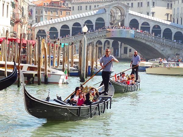 gondolas in Venice top 10 in italy
