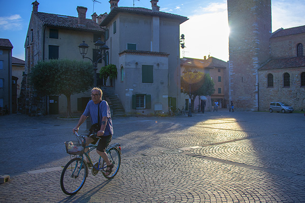 a man on a bike in Friuli