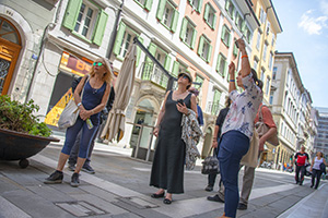 women on a walking tour