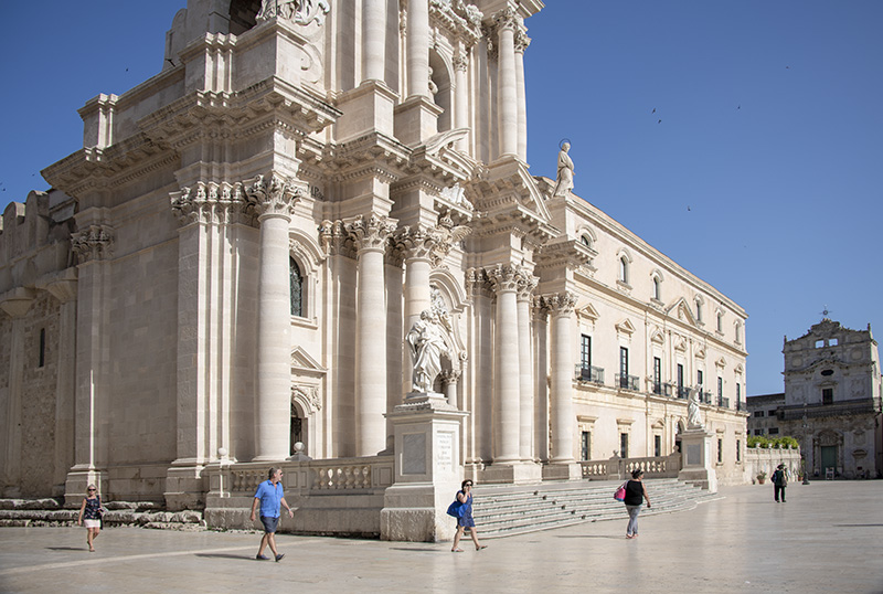 a large cathedral - tour of sicily