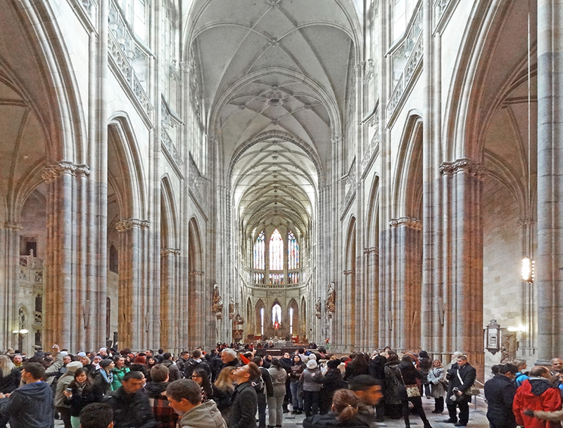people in St. Vitus cathedral
